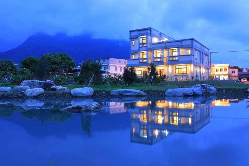 藍天普悠瑪的民宿照片